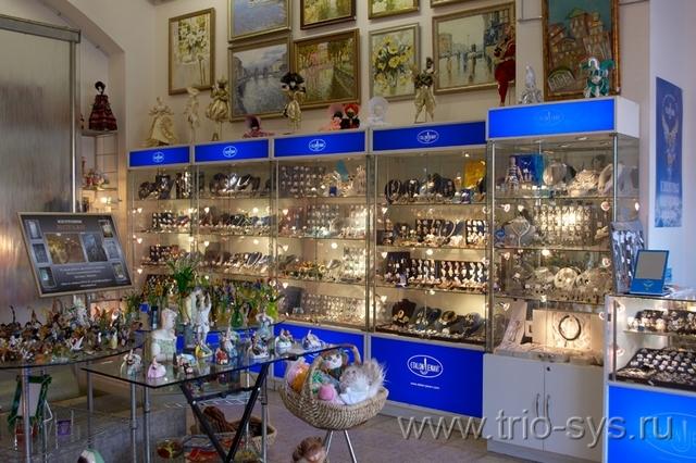 http://trio-sys.ru/images/objects/hudozhestvennaya-galeryeya-steklo-06.jpg